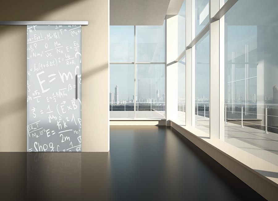 Relativa - Porta con vetri stratificati verniciati